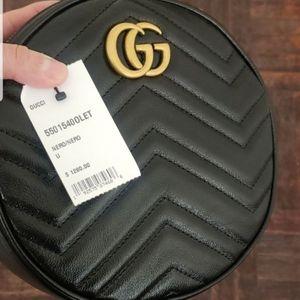 Gucci mini round marmont bag